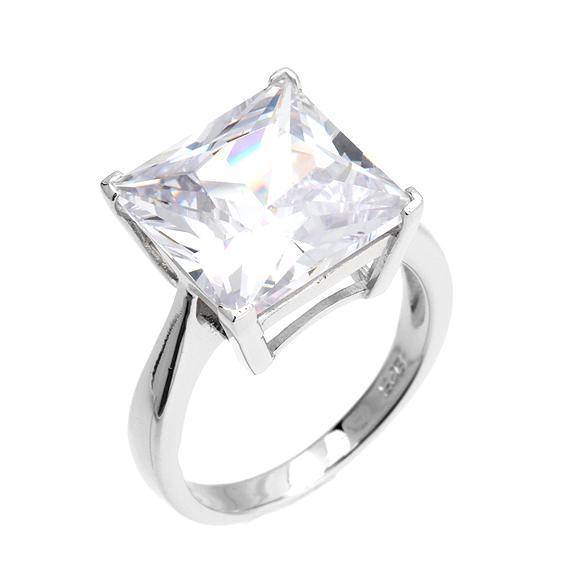 Stříbrný prsten s velkým zirkonem